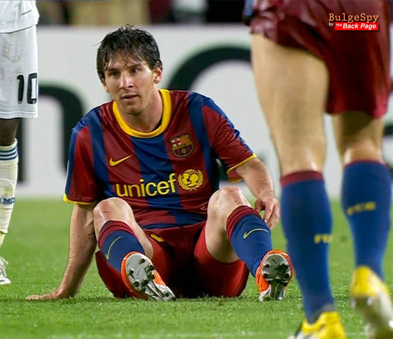 American Football Players Bulges http://undiesboyssoccer.blogspot.com/2011/05/lionel-messi_21.html