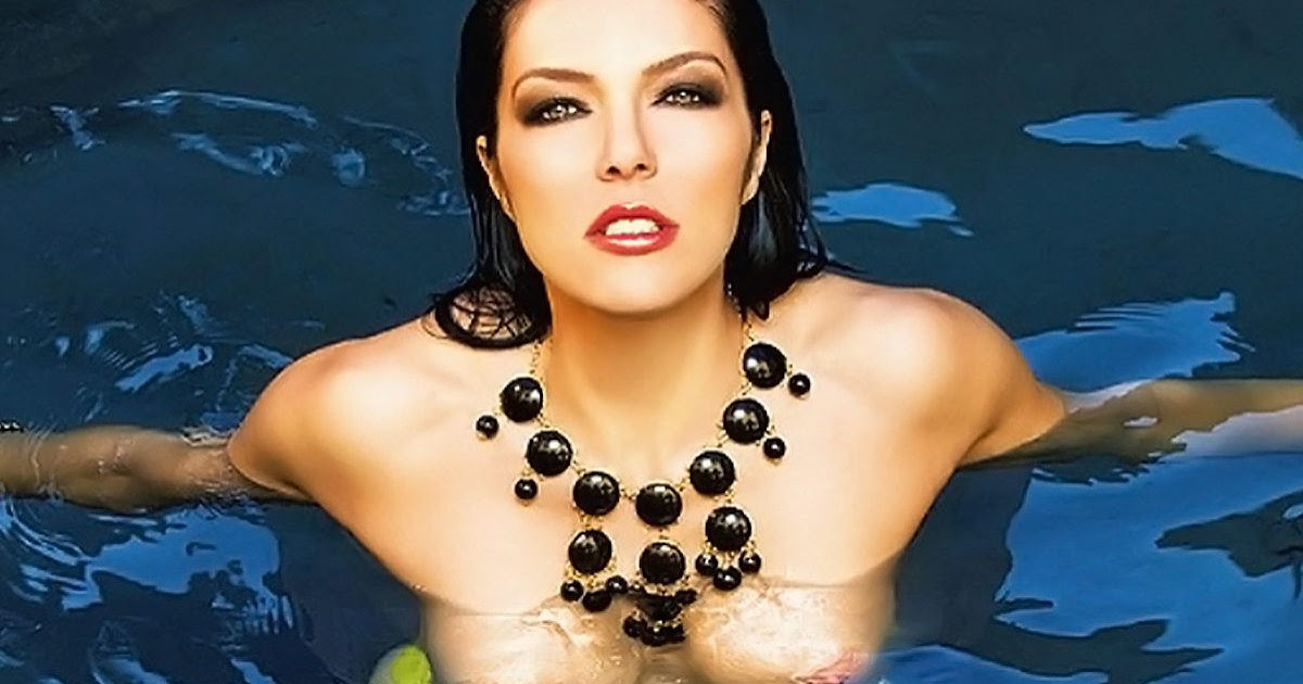 adrianne curry topless in pool hq hot girls
