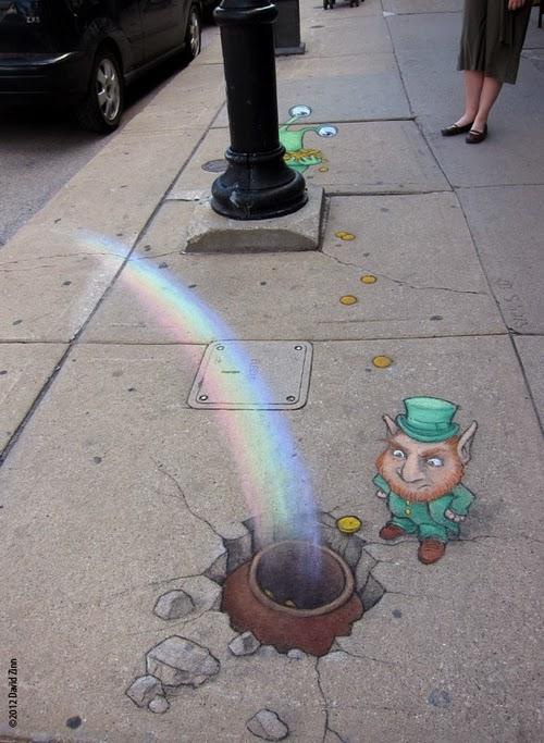 07-Leprechaun-Artist-David-Zinn-Chalk-Street-Art-www-designstack-co