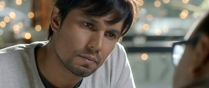 Screen Shot Of Hindi Movie Murder 3 2013 300MB Short Size Download And Watch Online Free at worldfree4u.com