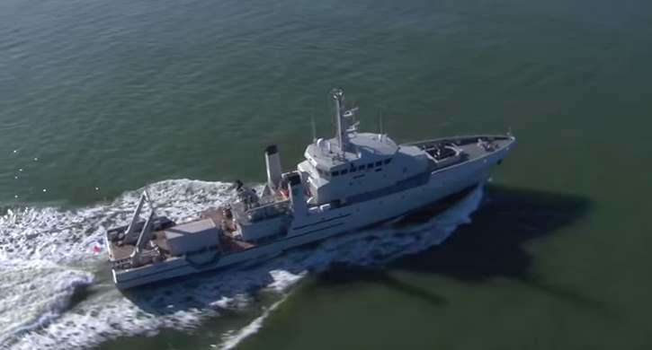 Gambar KRI Rigel 933 Kapal perang terbaru TNI AL