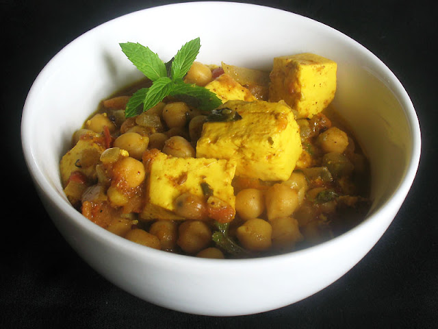 chickpea and paneer curry