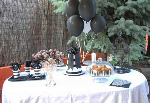 mesa blanco negro eventos bodas bautizos comuniones