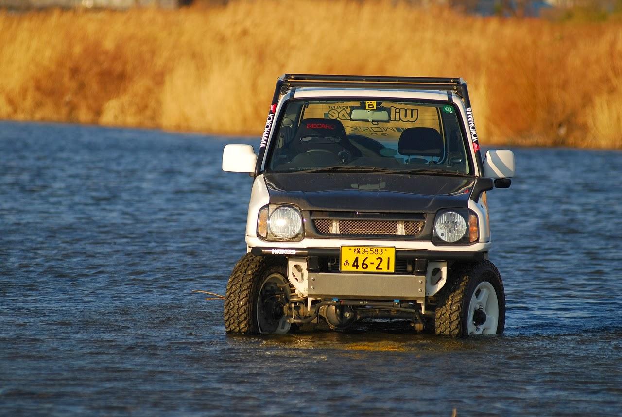Suzuki Jimny, prawdziwe terenowe samochody, japońska motoryzacja, ciekawe, JDM, zdjęcia