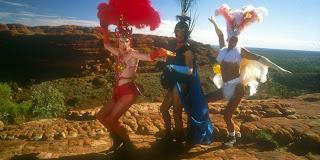 """""""Las aventuras de Priscilla, Reina del desierto"""" (1996)"""