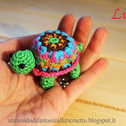 Turtle crochet.  Tartaruga colorata!!