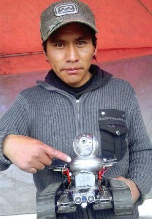 Universitario alteño crea robot explorador con cámara integrada - La UPEA