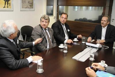 Ministro Aldo Rebelo recebe dirigentes da Federação Palestina-foto 3