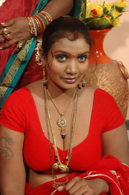 Tamil Actress Mallika Hot Photos hot photos