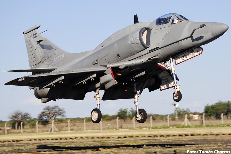 A-4 AR en la V Brigada Aerea -spotting- TC_11505editadaforo