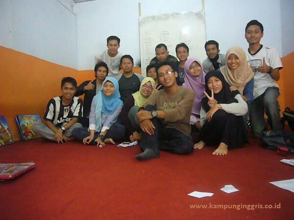 Suasana Salah-satu Ruang Kelas Global English