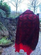 TE Koop: zwarte wollen sjaal