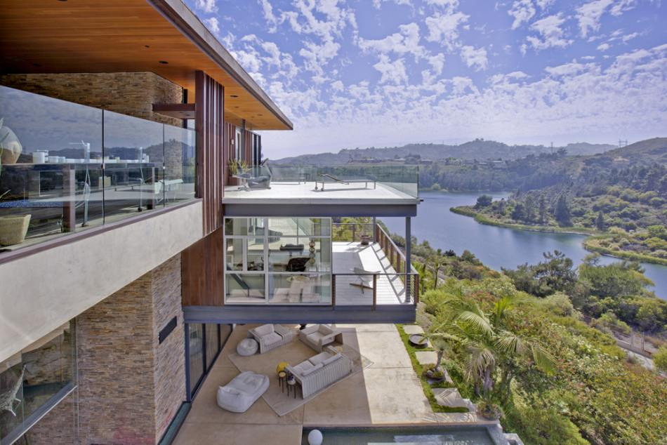 World of architecture justin bieber home beverly hills for Celebrities houses in la