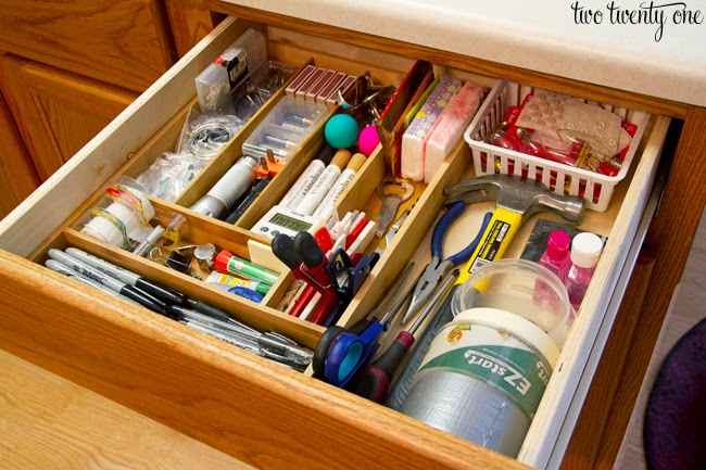 Day 3 junk drawer 31 days of easy decluttering from for Kitchen junk drawer