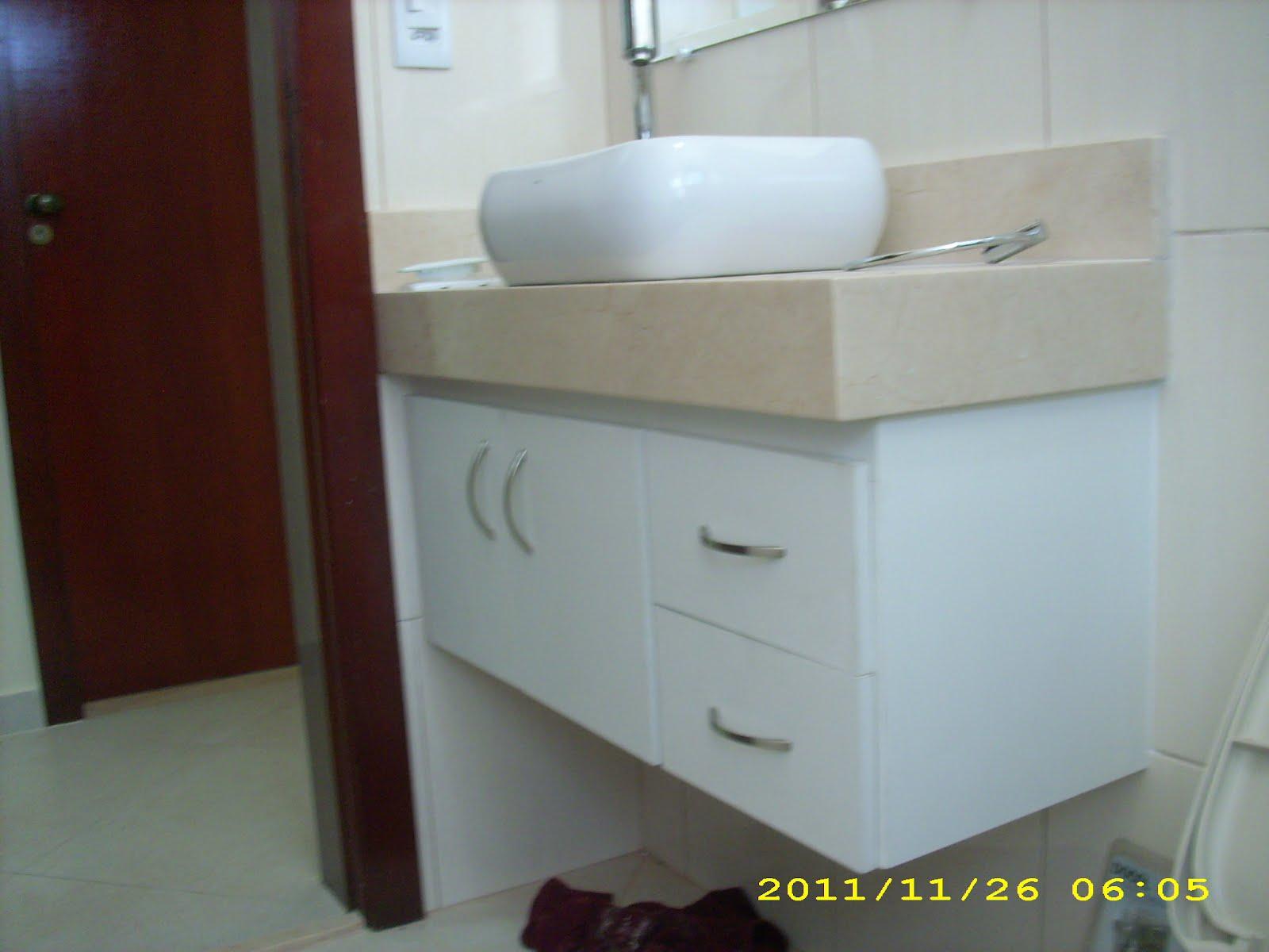 JOSÉ CARVALHO FERREIRA MARCENARIA gabinete de lavabo -> Armario De Banheiro Com Pia Ferreira Costa