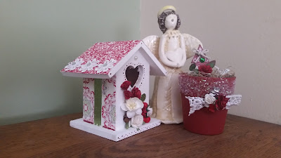 https://www.etsy.com/listing/252011966/small-country-chic-christmas-birdhouse?ref=shop_home_active_1