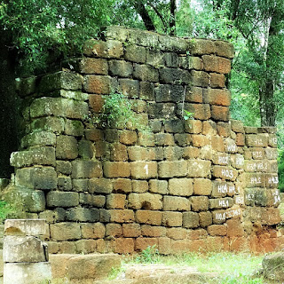 Ruínas da antiga igreja de Nuestra Señora de Loreto.