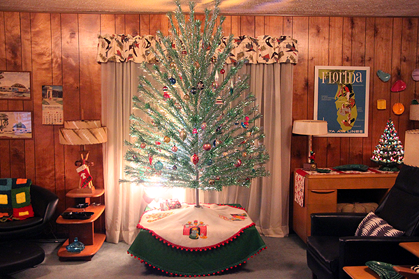 whats your favorite christmas goodie in sherris collection mine is hands down the gorgeous large green tree above would love one for my completely - Mid Century Modern Christmas Tree Decorations