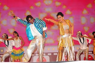 South Indian Celebrities Stage Performancess at Santosham Awards 2014  18.jpg