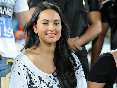 Sonakshi Sinha at CCL T20 Finals