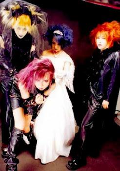 ۞† Silver Ash †۞