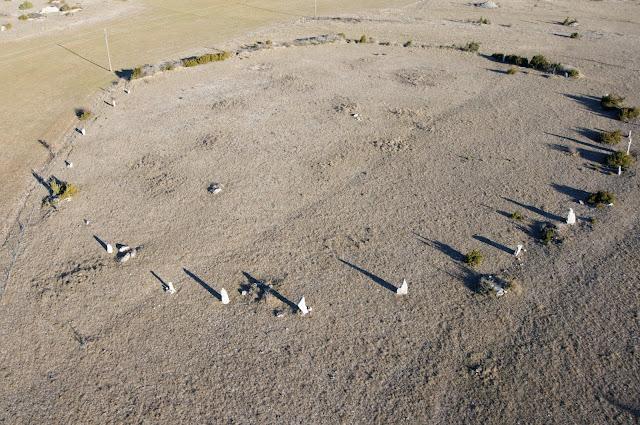 Venez visiter le Cromlech de Lacam de Rigalderie sur le causse de Blandas