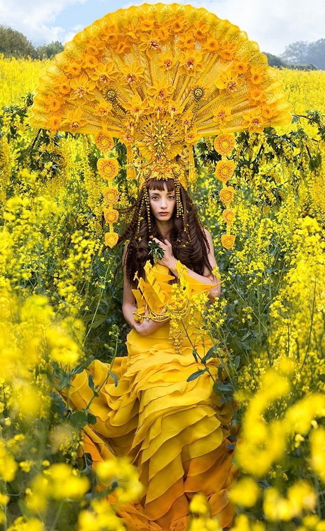 Amazingly Creative Wonderland Photography Project by Kirsty Mitchell