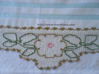 Çiçek dantelli havlu kenarı