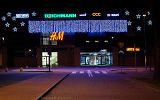 http://fotobabij.blogspot.com/2015/12/puawy-noca-deichmann-galeria-zielona.html