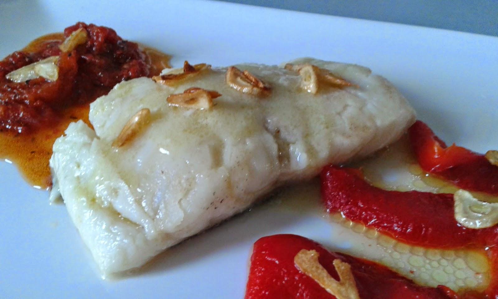 Caprichos de mayte bacalao al pilpil con pimientos asados y tomates confitados - Cocinar bacalao desalado ...