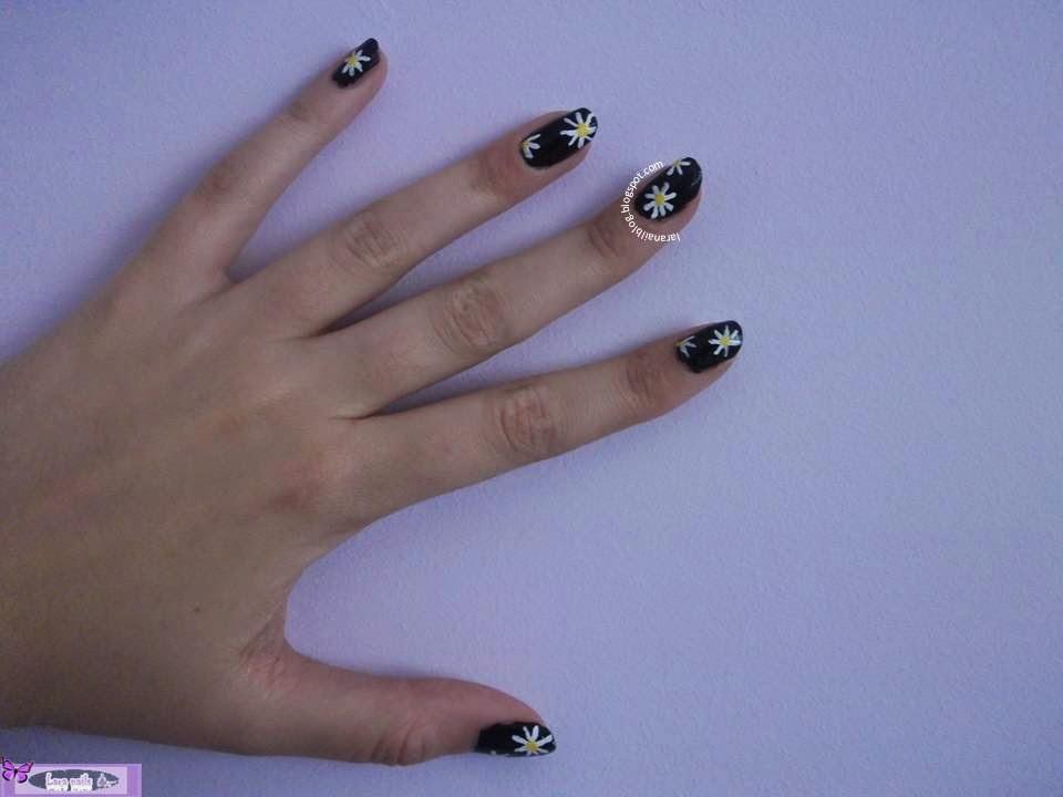 Uñas con margaritas grandes paso a paso lara nails