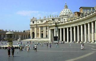 Rím námestie sv. Petra vo Vatikáne
