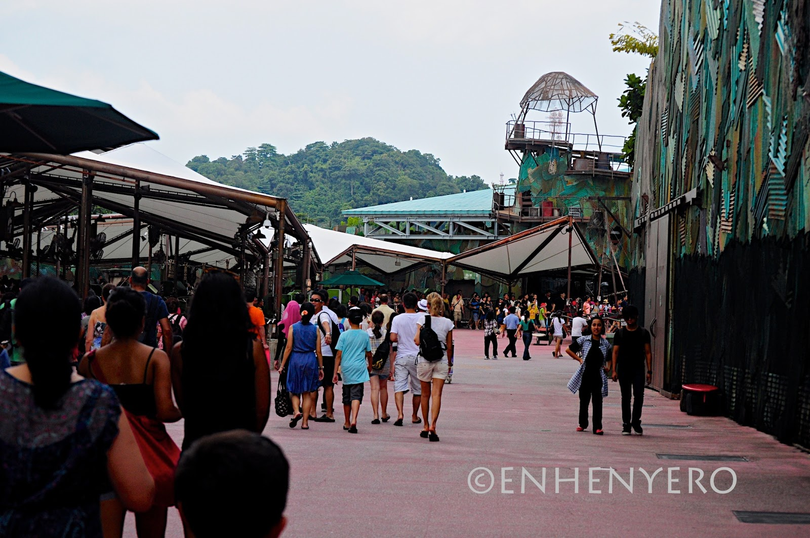braggies: Universal Studios Singapore : Waterworld