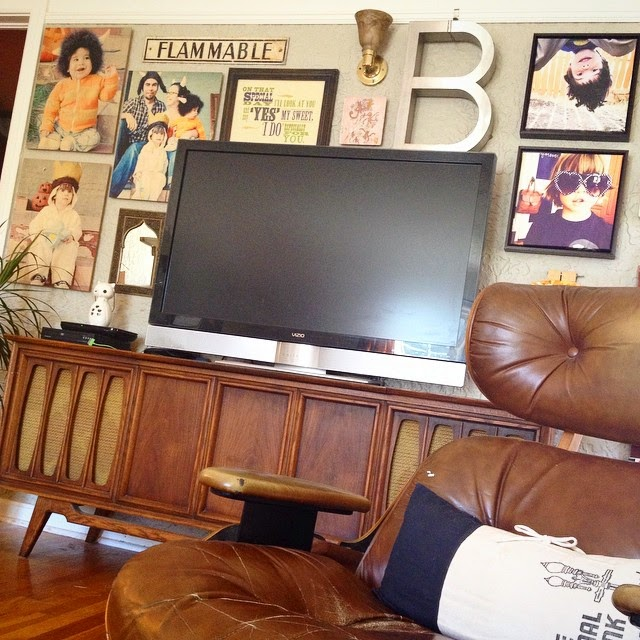 #thriftscorethursday Week 31 | Instagram user: triedandtrueblog shows off her gallery wall