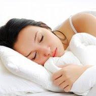 """Benarkah Tidur Tampa Busana """" telanjang"""" Lebih Sehat?"""