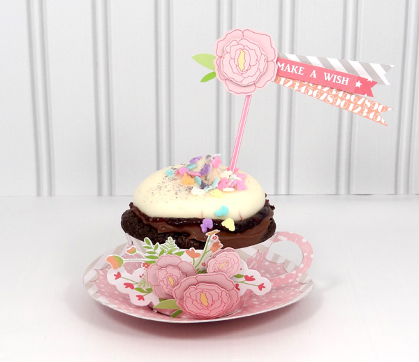 Amanda Coleman Chickaniddy Crafts Twirly Girly Cupcake Holder