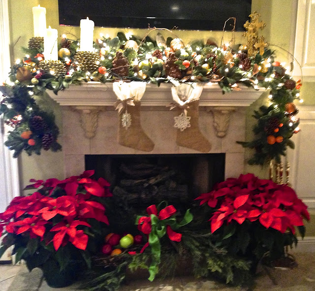 Christmas mantel in Fairhope