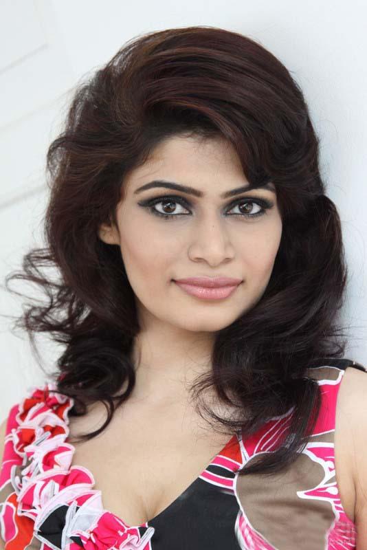 Hirunika Premachandra Photos   Sri Lankan Hot Beauties Gallery