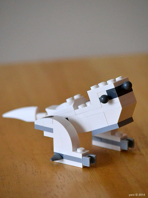 lego chima legend beast wolf - is that a wolf or a t-rex?