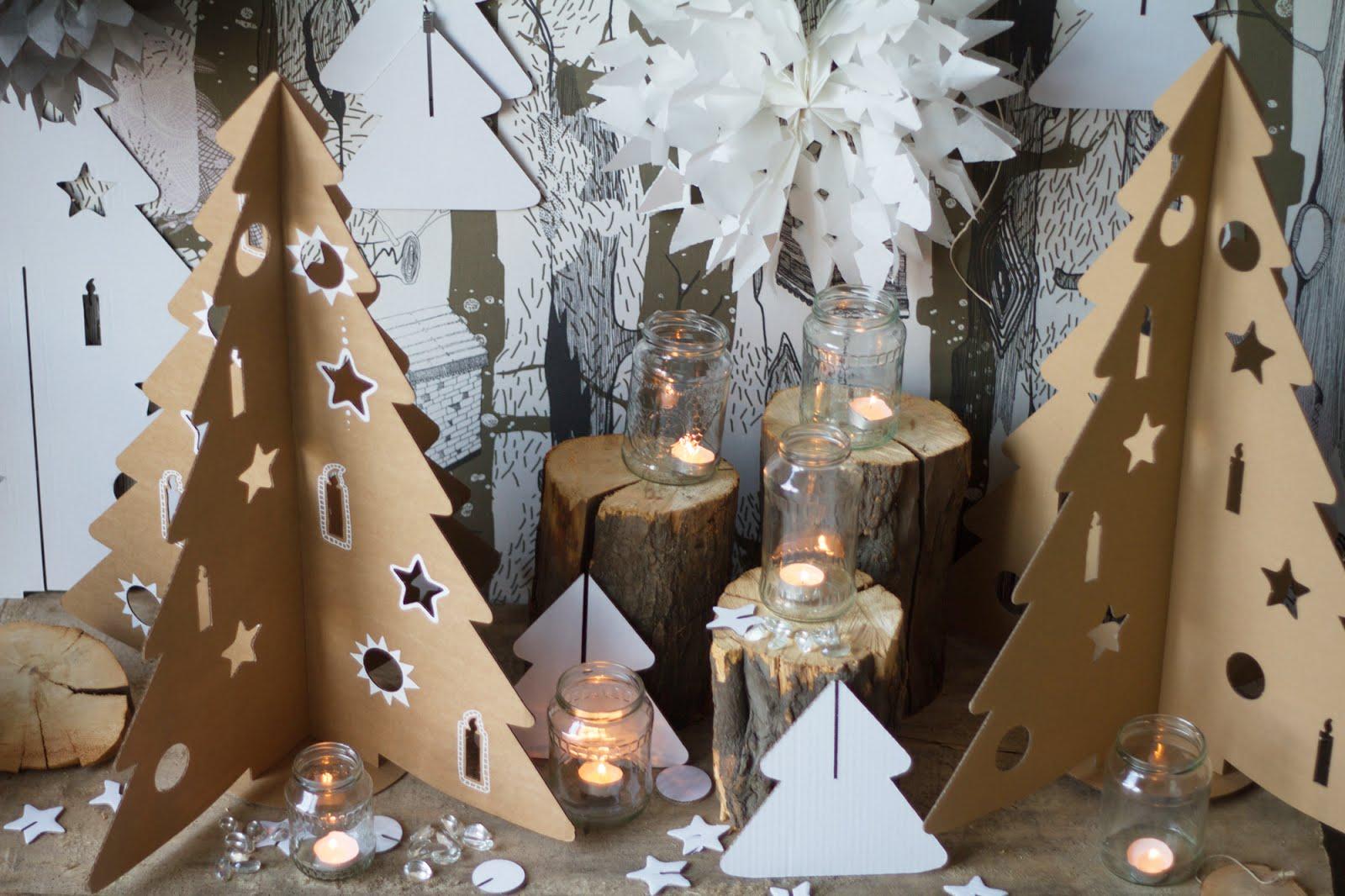 KreARTON karton karácsonyfa
