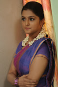 Ramya Nambeesan latest photos-thumbnail-1