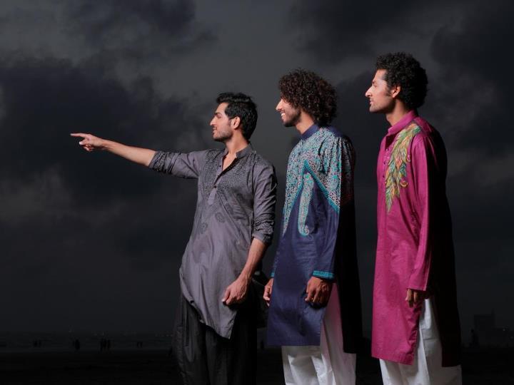 http://1.bp.blogspot.com/-x1fRm9Qv87M/UA6SXUmTUEI/AAAAAAAADtU/-dvu2mRdCUU/s1600/Arsalan-And-Yahseer-Summer-2012-Rangeen-Kurta-Collectionw.jpg
