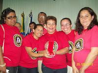 Rede de pais e homenagiada com a medalha PAULO FREIRE