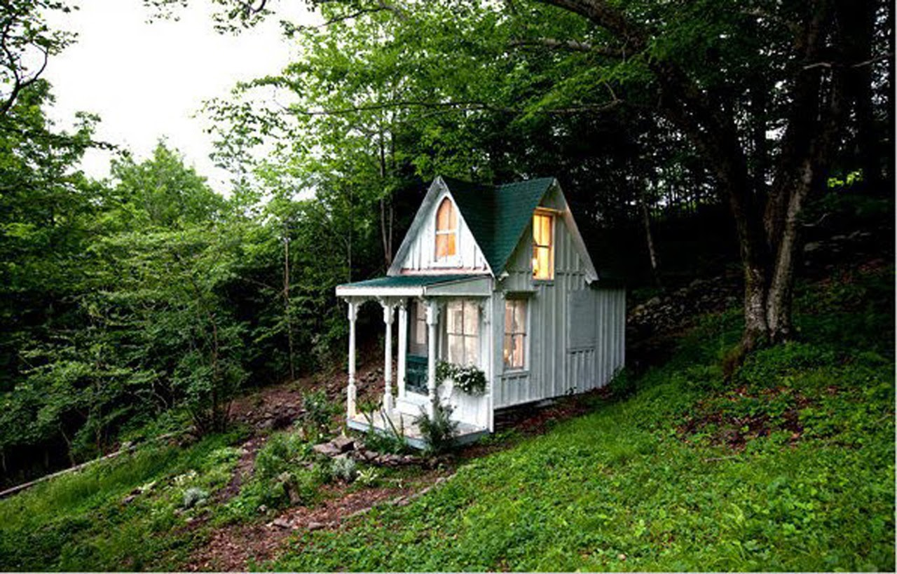 Coolest cabins victorian tiny house for Pics of small cottages
