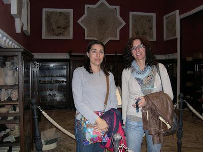 Alicia y Mónica en el Palacio de Lebrija