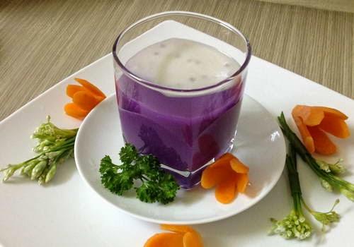 One hot Purple Yam Sweet Soup (Chè Khoai Lang Tím)