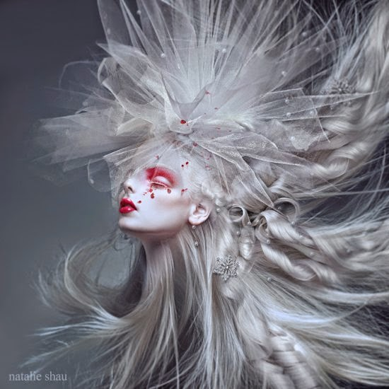 Natalie Shau ilustrações photoshop fashion surreal sombrio terror