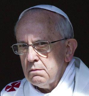 Bergoglio%2Bsguardo%2Bterribile.jpg