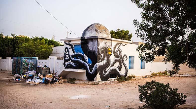 Nuevos divertidos murales de ROA utilizan la arquitectura abovedadas de Túnez