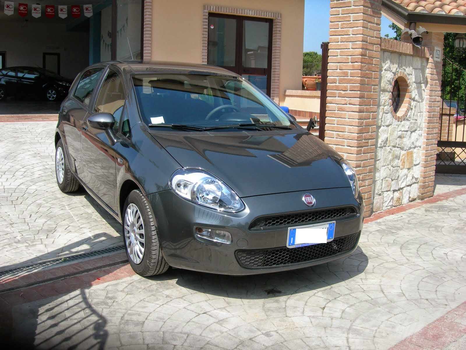 Fiat Punto 1.2 Street Anno 2014 4.000 km Acc: Full optional